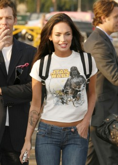 http://tvismyiv.files.wordpress.com/2009/09/megan-fox-star-wars1.jpg?resize=243%2C339